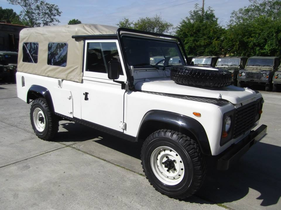 1 Land Rover Defender Tithonus Lhd Usa